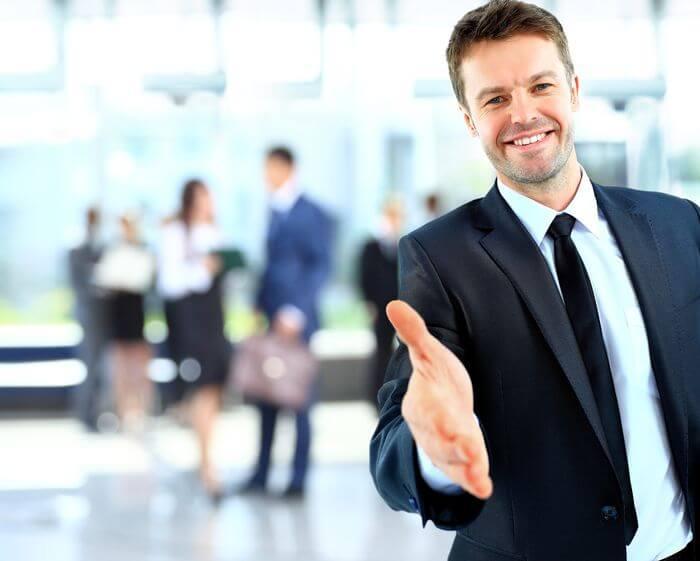Tratas-mejor-a-los-nuevos-clientes-que-a-los-antiguos (1)